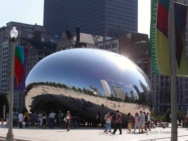 """Cloud Gate"" (""The Bean"") at Millennium Park in Chicago"