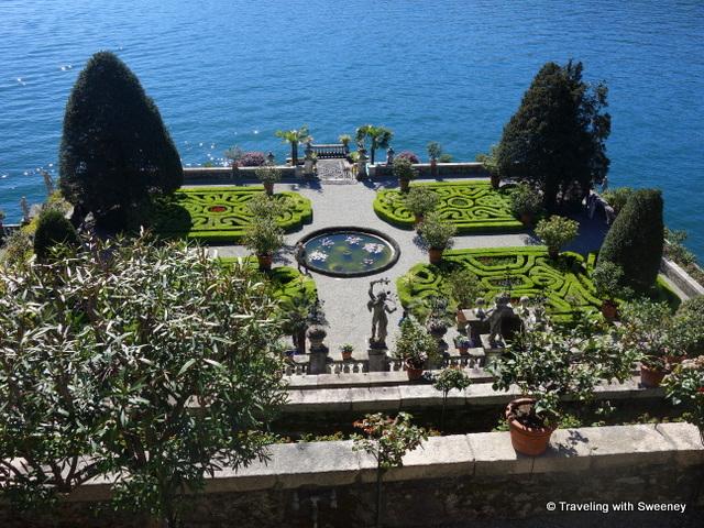 Lake Maggiore Gardens - The Garden of Love on Lake Maggiore's Isola Bella
