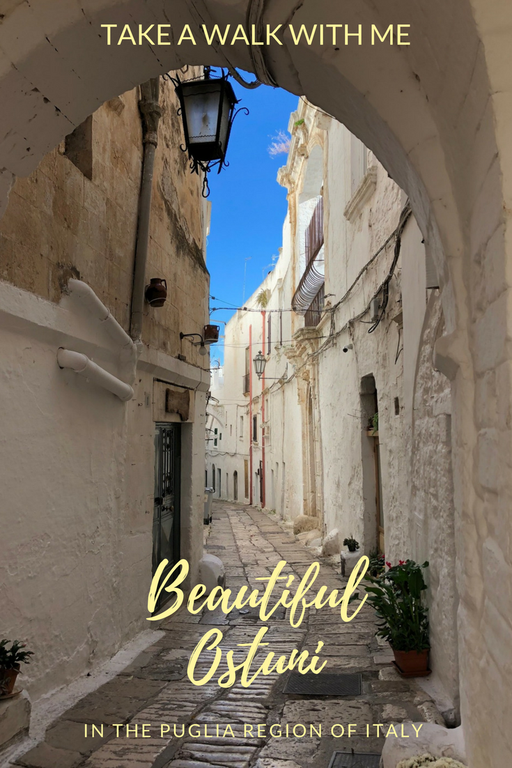 Picturesque scenes of Ostuni, Italy during a walking tour of this city in this coastal city in the #Puglia region #Italy
