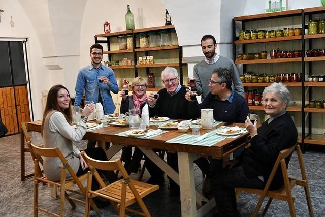 Lunch at Azienda Agricola di Vita Pugliese -- Photo by Federica Donadi