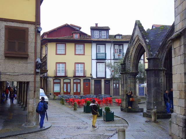 Largo da Oliveira and the Salado Monument (right) in Guimaraes, Portugal, a UNESCO World Heritage Site