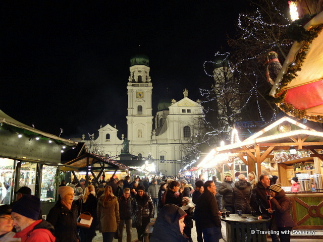 Christmas market at St. Stephen's Cathedral in Passau, Germany