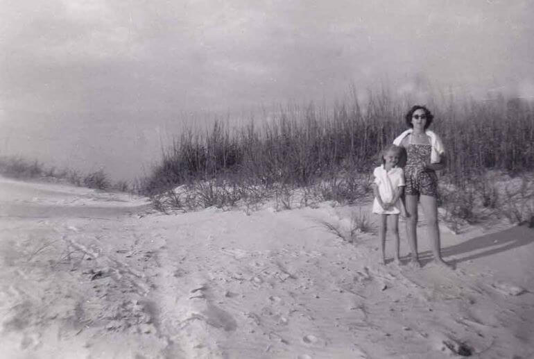 Debbra Dunning Brouillette with her mother in Ft Myers Beach, Florida